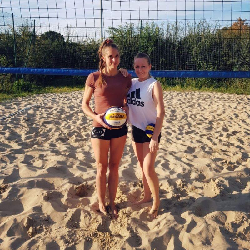 Marthe Nietfeld (links) und Jolanta Meyer von den Beach Matrosen wiederholten 2019 ihren Sieg von 2017.