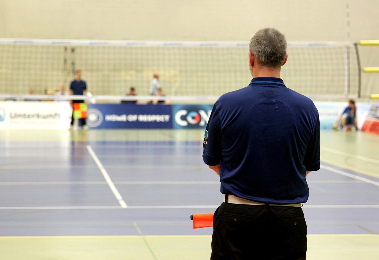 Schiedsrichteraus- und -fortbildungen starten