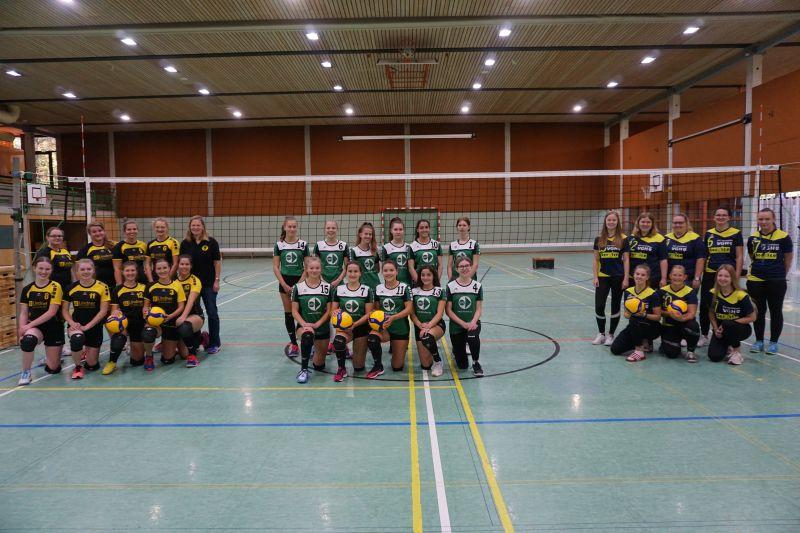 Vorrunde in Bückeburg mit SV Warmsen II, VfL Bückeburg II und Borsteler SF II (v.l.n.r., Quelle: R. Sperr)